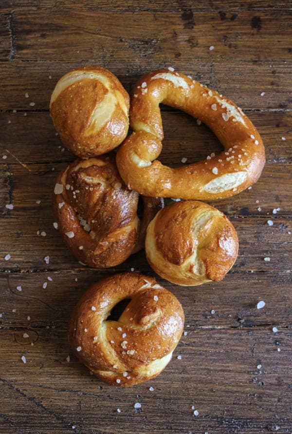 soft homemade pretzels/anitalianinmykitchen.com