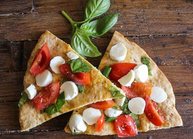 easy no yeast pizza caprese