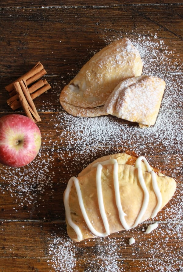 Apple Pie Breakfast Turnovers, an easy homemade turnover filled with a delicious apple filling, a perfect breakfast snack or dessert recipe./anitalianmykitchen.com