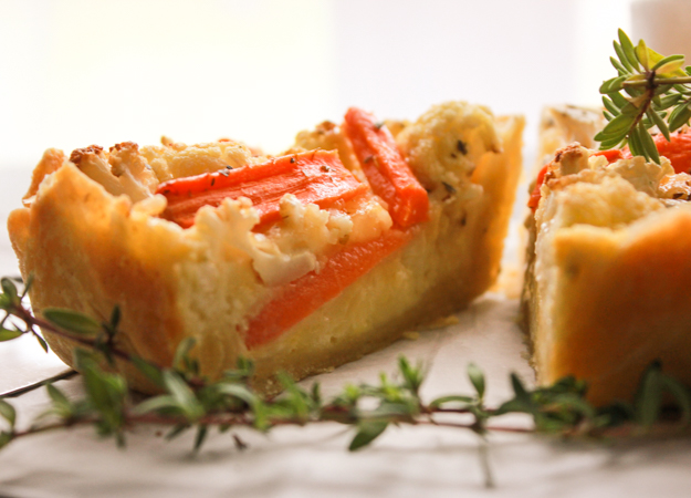 Baked Cauliflower Carrot Cheese Pie, a healthy easy homemade pastry dough and a delicious vegetarian, cheesy filling. Appetizer/main dish.|anitalianinmykitchen.com