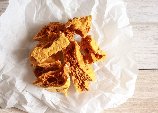Chocolate Covered Sponge Toffee, or honeycomb, this is a fast, easy delicious crumbly, melt in your mouth chocolate candy. A yummy treat.