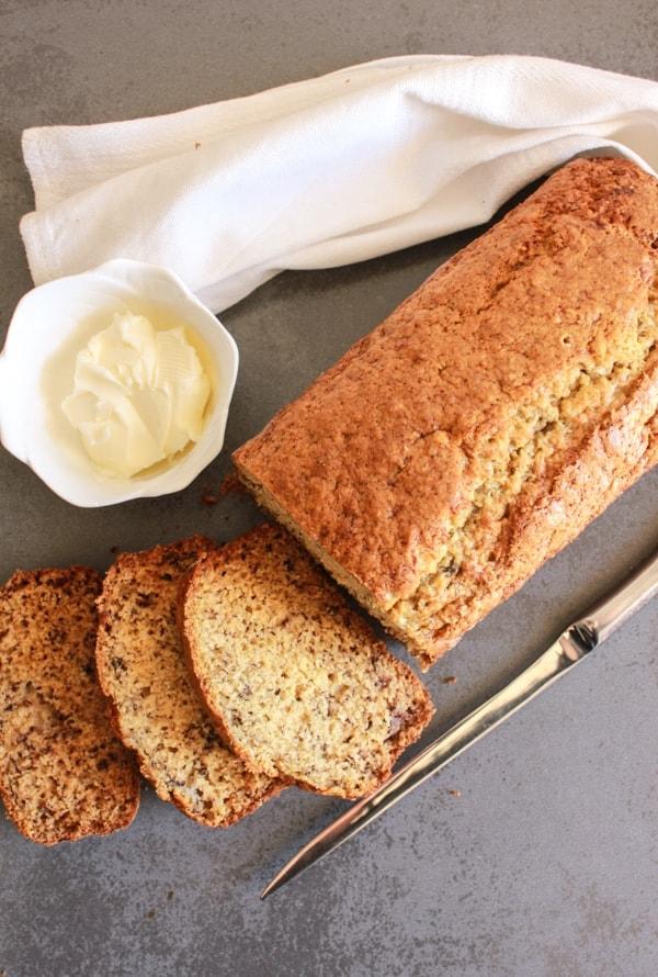 Classic Banana Bread a simple, easy, delicious sweet bread recipe for breakfast,snack or dessert. Greek yogurt & brown sugar make it perfect.|anitalianinmykitchen.com