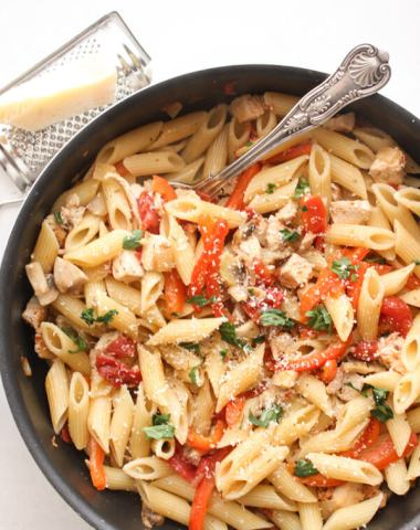 Turkey Pasta Skillet, a healthy, fast and easy leftover turkey or chicken skillet recipe, perfect weeknight or weekend meal.