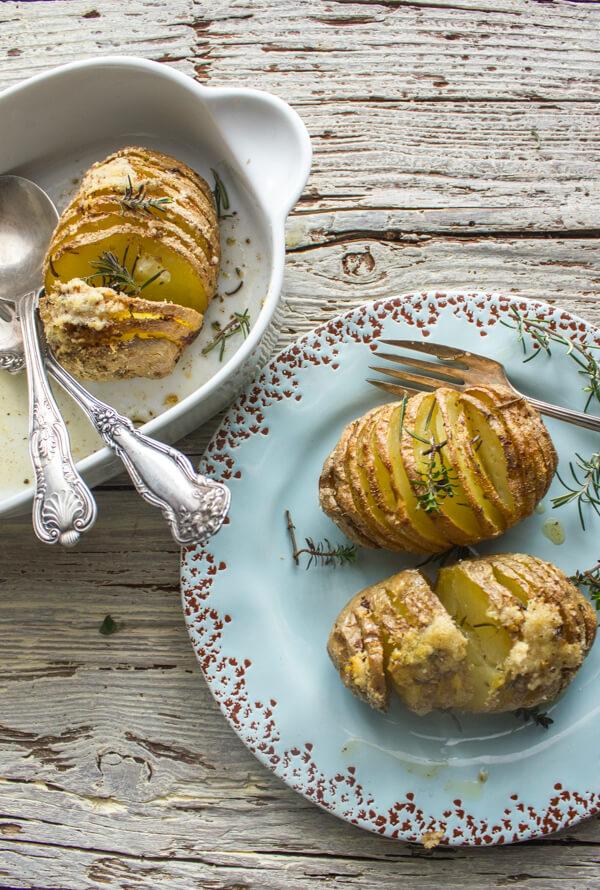 Italian Spiced Parmesan Hasselback Potatoes