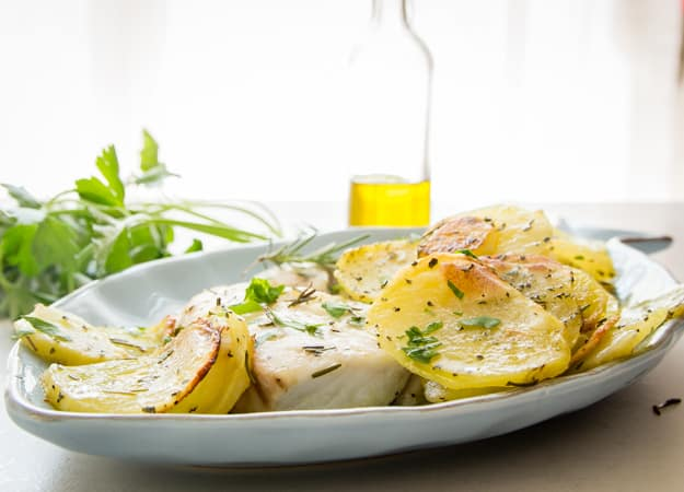 Italian Fresh Herb Baked Fish and Chips is a fast an so delicious meal, save the calories and get more flavour in this 30 minute meal. The perfect family dinner.