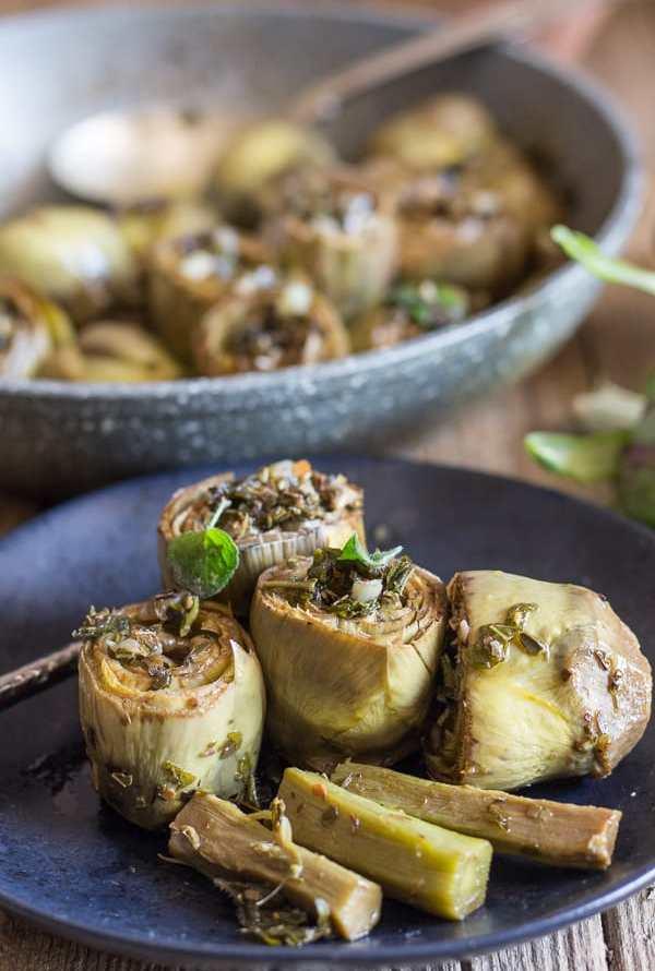 Artichokes Alla Romana / Roman Style Artichoke Recipe