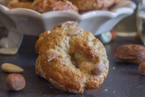 roccoco biscotti up close cookie