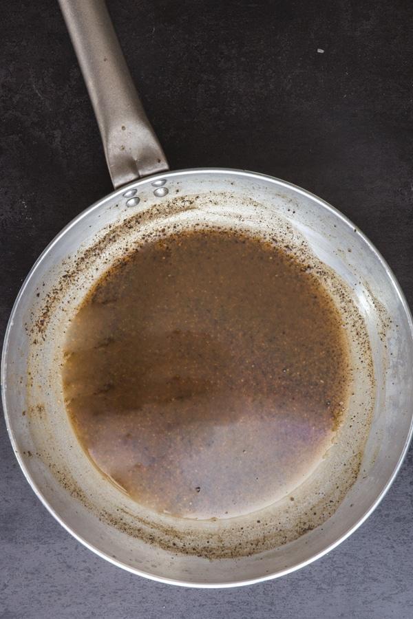 pepper and water cream for making cacio e pepe