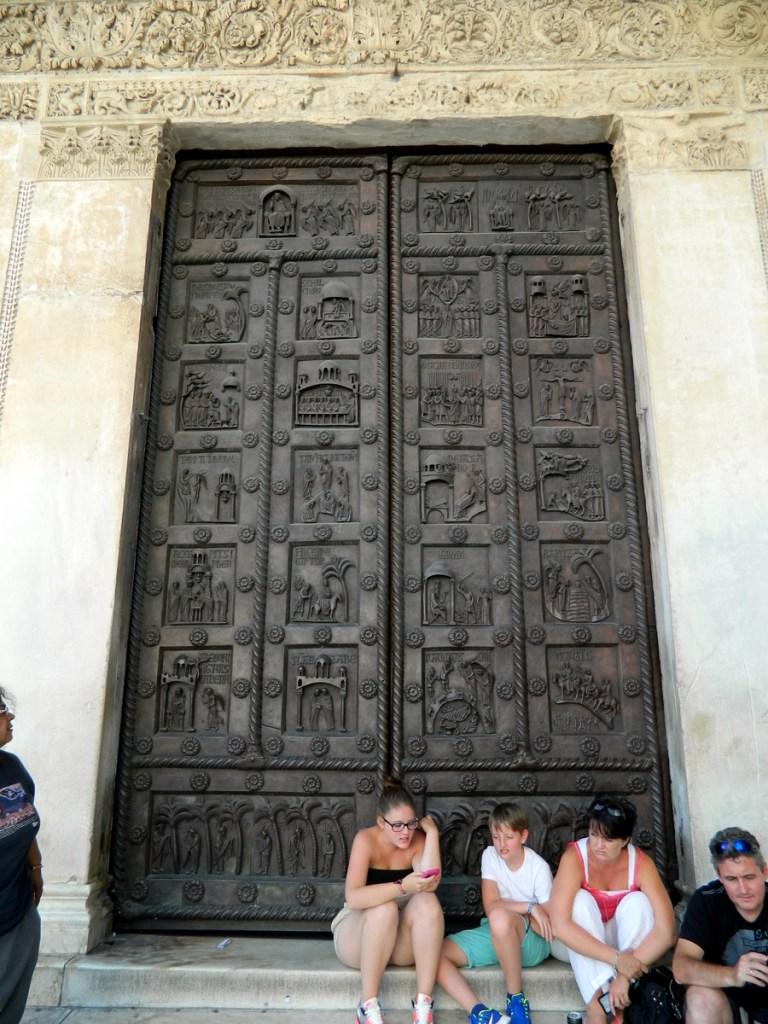 Pisa Baptistery: Unused back door.