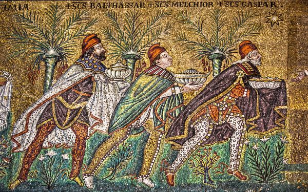 ravenna-s-apollnare-nuovo-the-three-wise-men-1