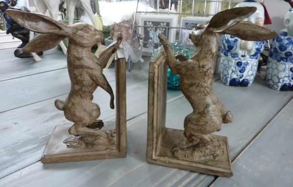 Pair of hare bookends £35