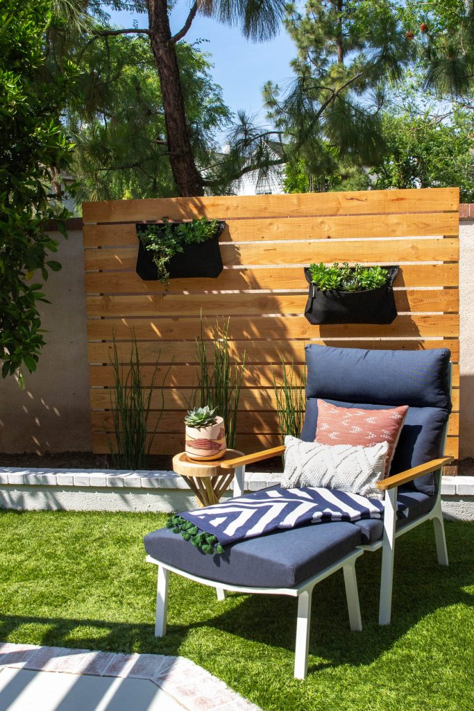 mid century modern backyard fence living planters outdoor furniture