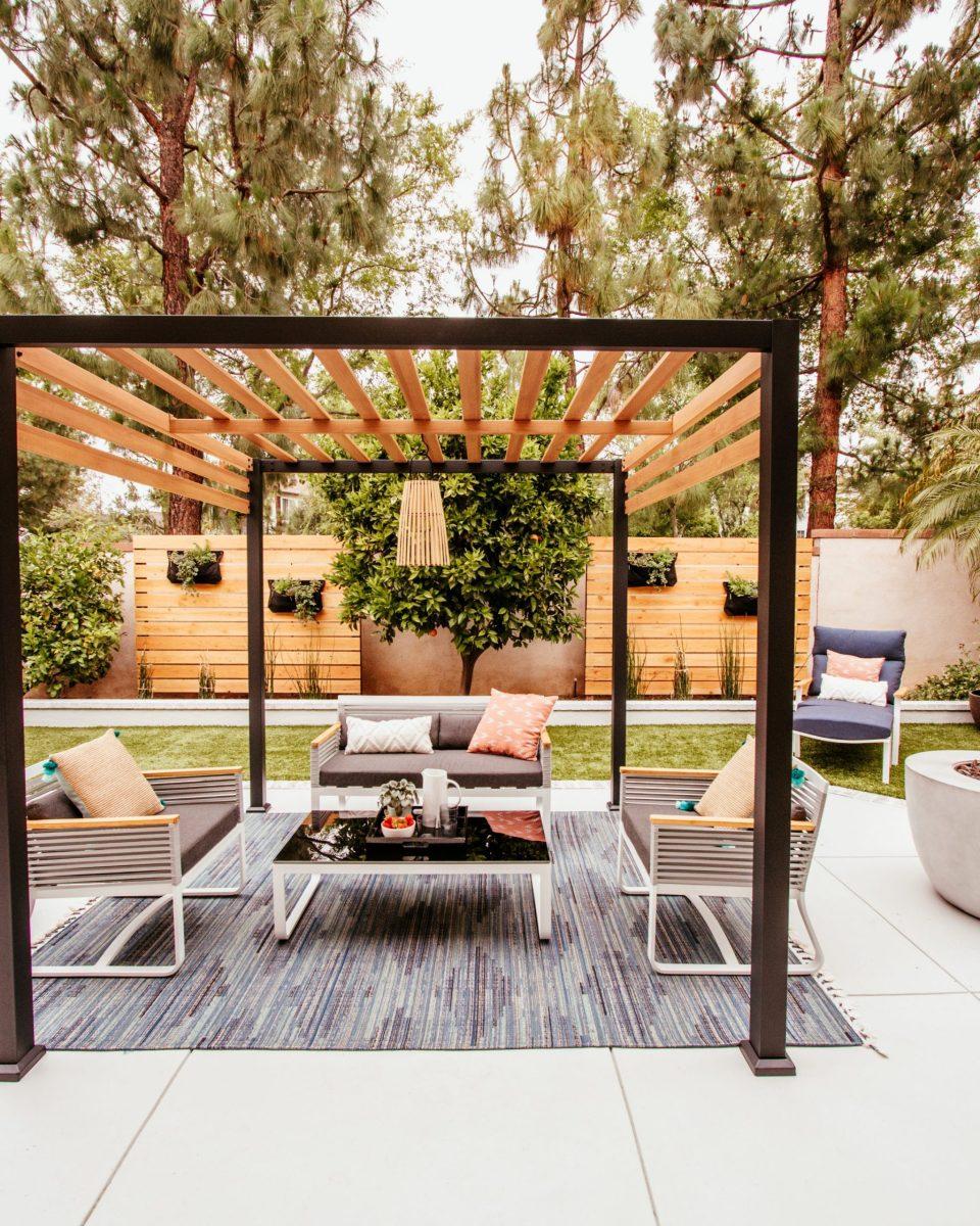 Anita Yokota method outdoor DIY makeover front porch SW paint