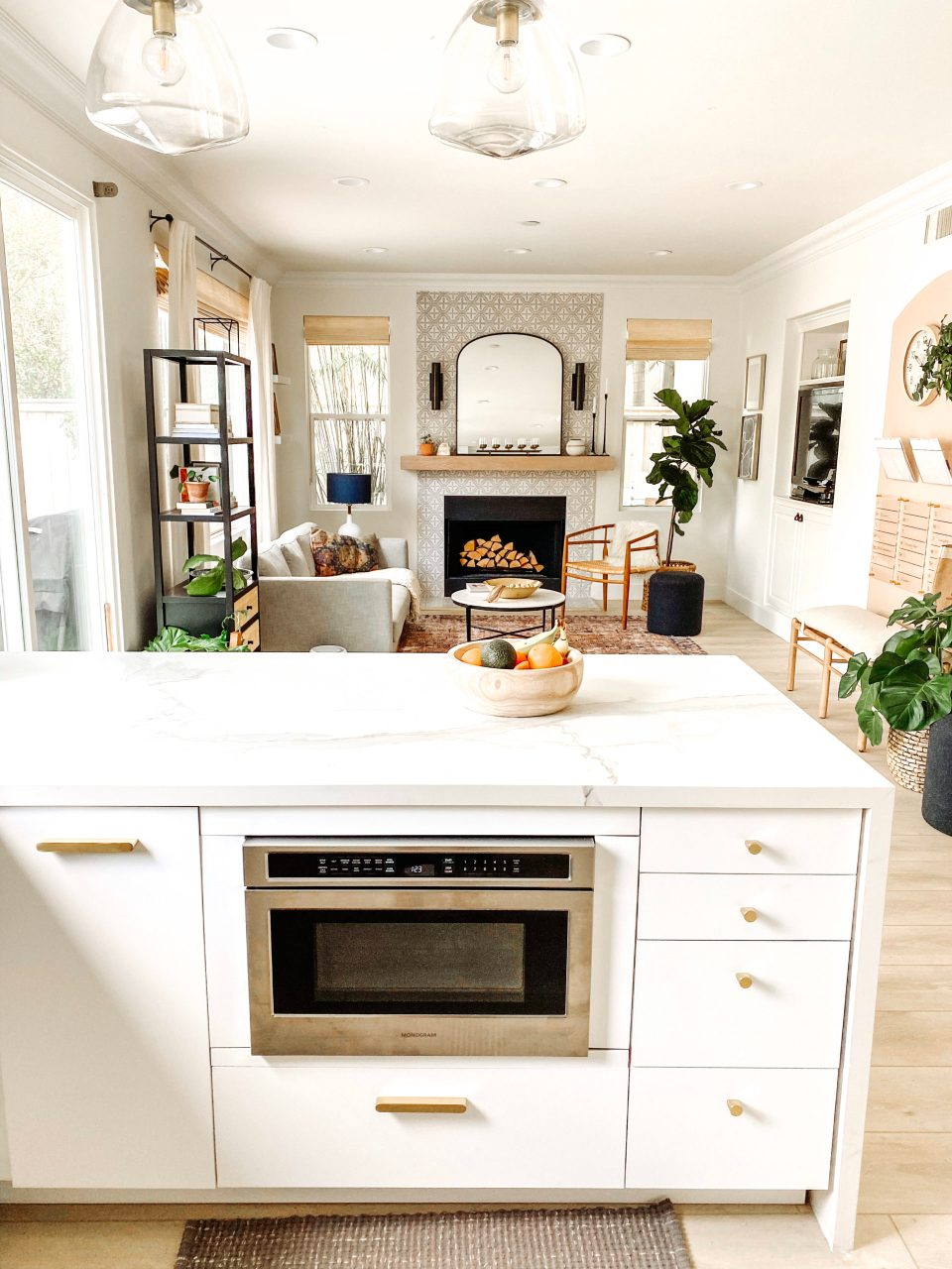 The new kitchen peninsula features exclusively cabinet drawers—even the microwave is a drawer!