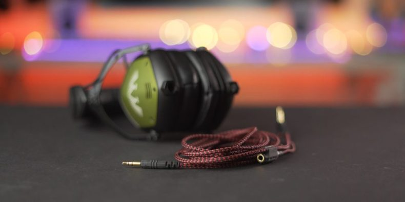 Cable in front of V-Moda Crossfade M-100 Master
