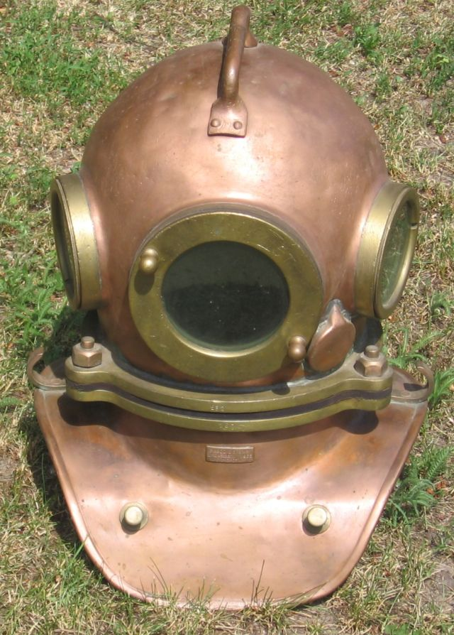 My earlier experiences with Google Daydream and Oculus Quest led me to expect VR headsets to feel like this Soviet-era diving helmet.