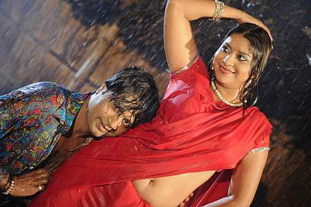 Umesh Singh and Anara Gupta in Humar Lalkaar