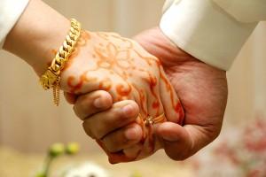 Bagaimana hukum pacaran dan tunangan dalam islam tunangan itu seperti apa