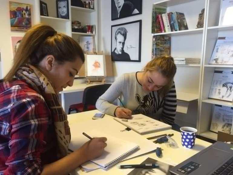 Ankara Resim Kursu Öğrencileri, Özel Resim Dersi