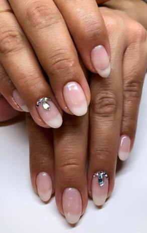 American Manicure Nails With 10+ Latest African Nail Trend