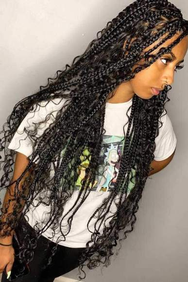 Large Box Braids with many Curls