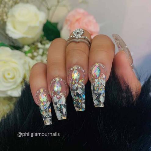 25 perfect clear acrylic nails designs 2020 with rhinestones