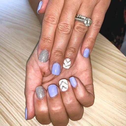 Short White Nails 2021 trends
