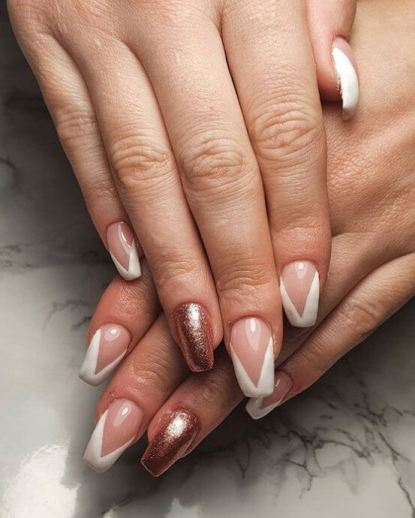 beautiful short acrylic nails