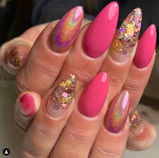 Glitter Stripe Winter Nail Art 2020 Trends