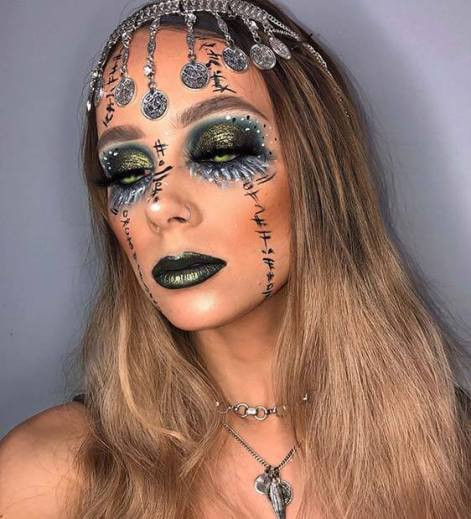 22 Perfect Fortune Teller Makeup Ideas for Halloween 2020