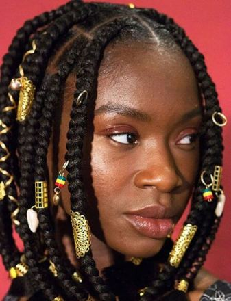 Large Knotless Braids