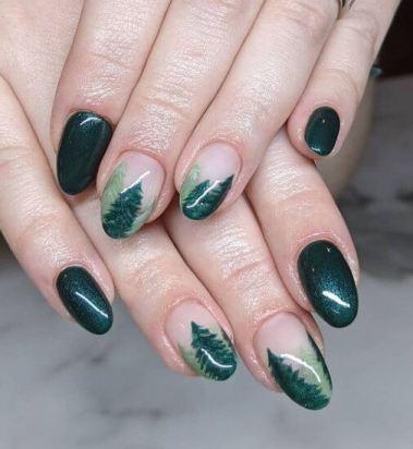 Christmas tree art nail design