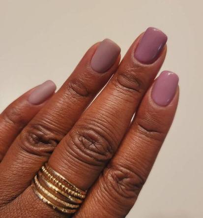 Matte Christmas manicure