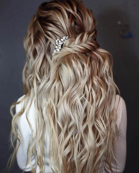 Short Side Braid with Waves