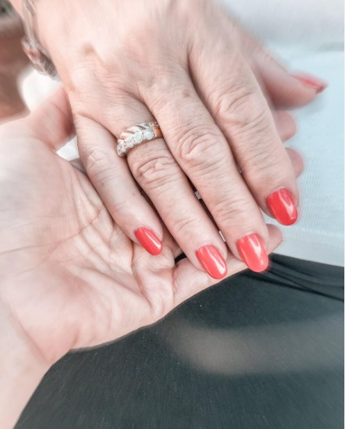 27+ Perfect Summer Red Nails 2021 That Are Trending Now