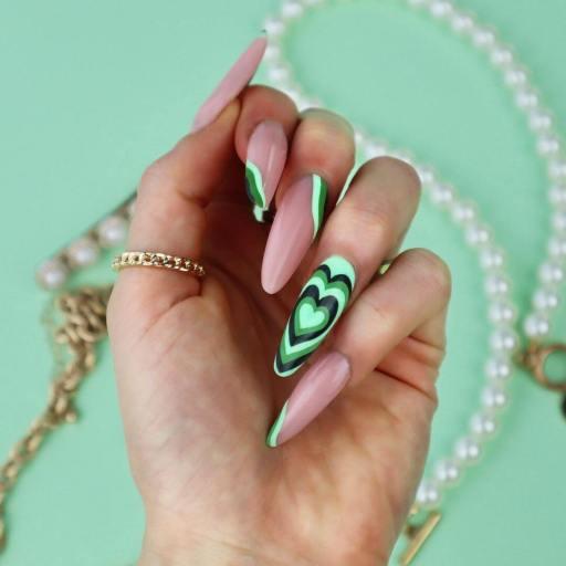 Cute Hearts Pretty Nails