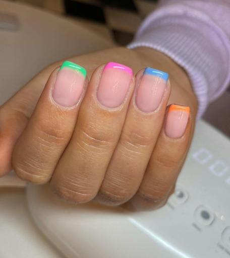 Nail designs for spring 2021