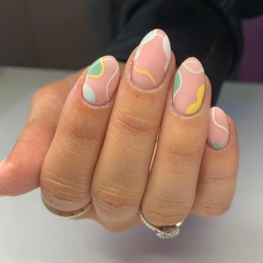 Nail trends summer 2021