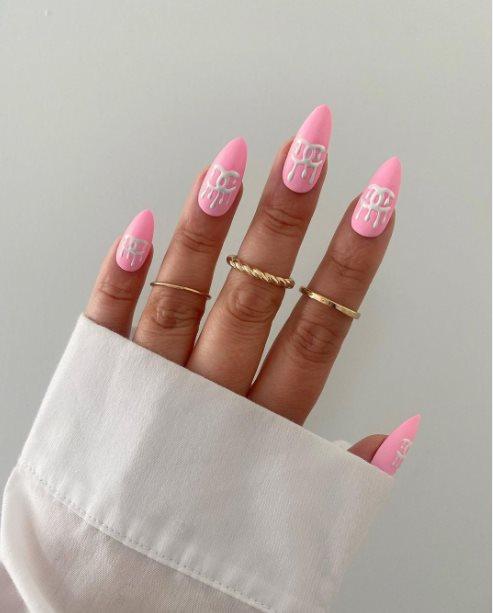 21. Logomania Acrylic Nails