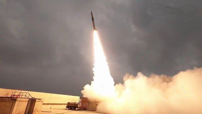 turk roketi ilk kez sivi yakitla uzayda