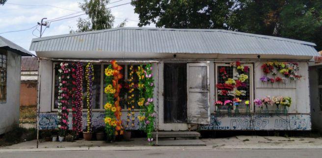 Blumenverkauf für Kirchenspenden