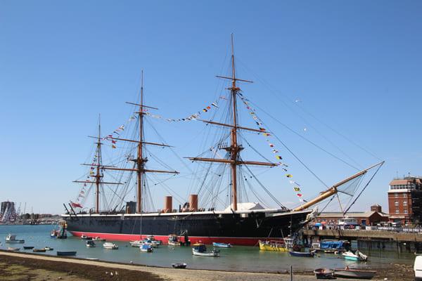 Foto des alten Kriegsschiffes HMS Warrior