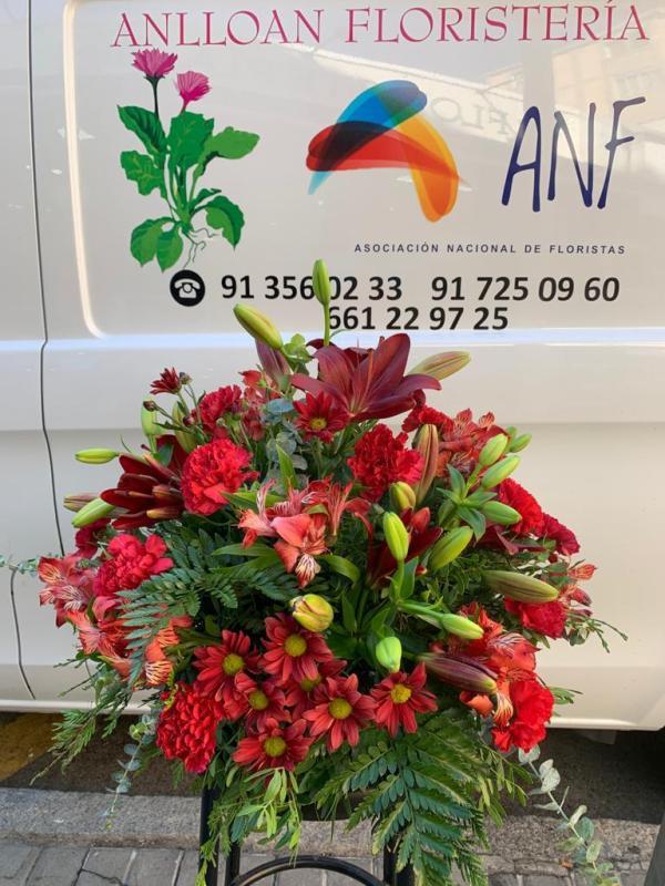 004 centro flor roja