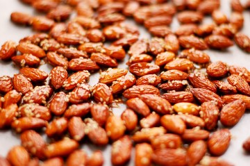 Roasted Almonds With Maple Glaze and Sesame Seeds