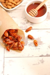 Crunchy Almonds with Maple Syrup and Sesame Seeds Glaze
