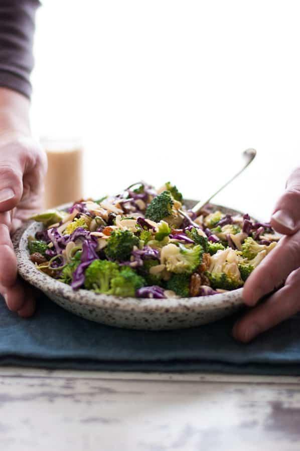 Broccoli salad with creamy cashew dressing