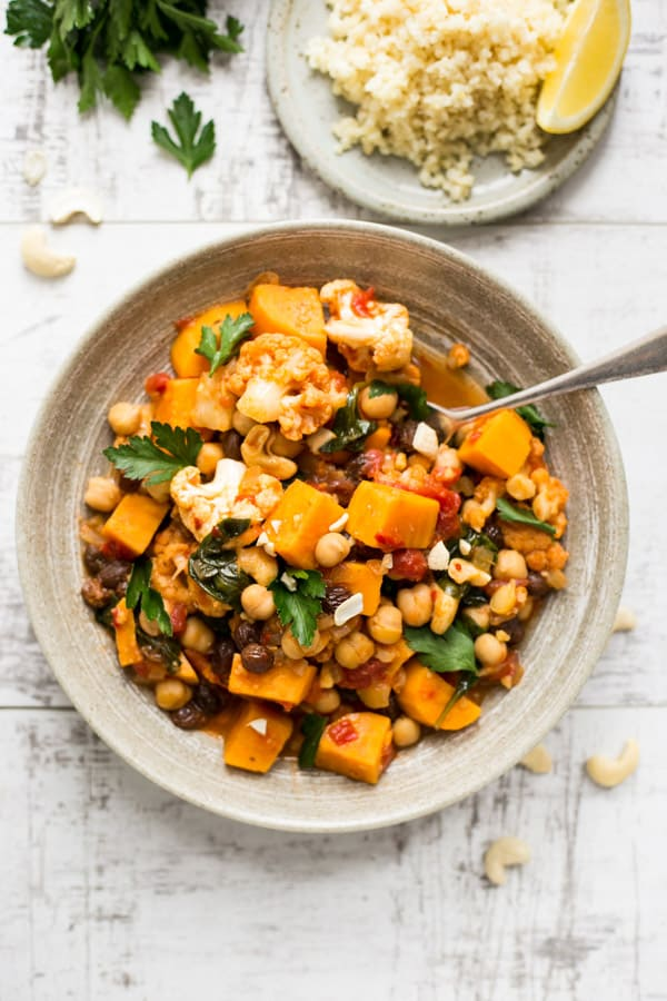 Sweet potato chickpea curry served with protein rich bulgur wheat | via @annabanana.co