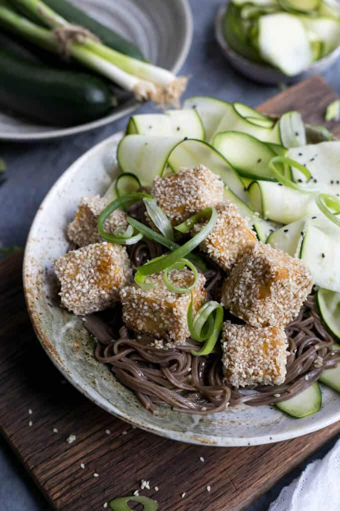 Soba Noodles with Sticky Tofu coated in sesame seeds | via @annabanana.co
