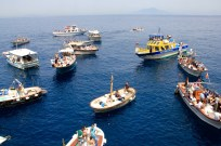 Boats lining up for the Blue Grotto in Capri