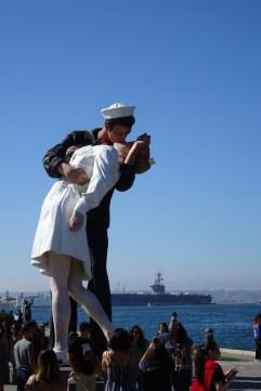 Unconditional Surrender statue in San Diego